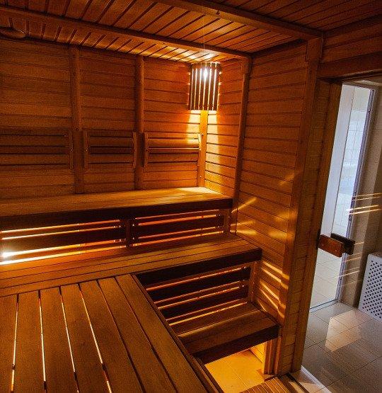 Wnętrze sauny elektrycznej